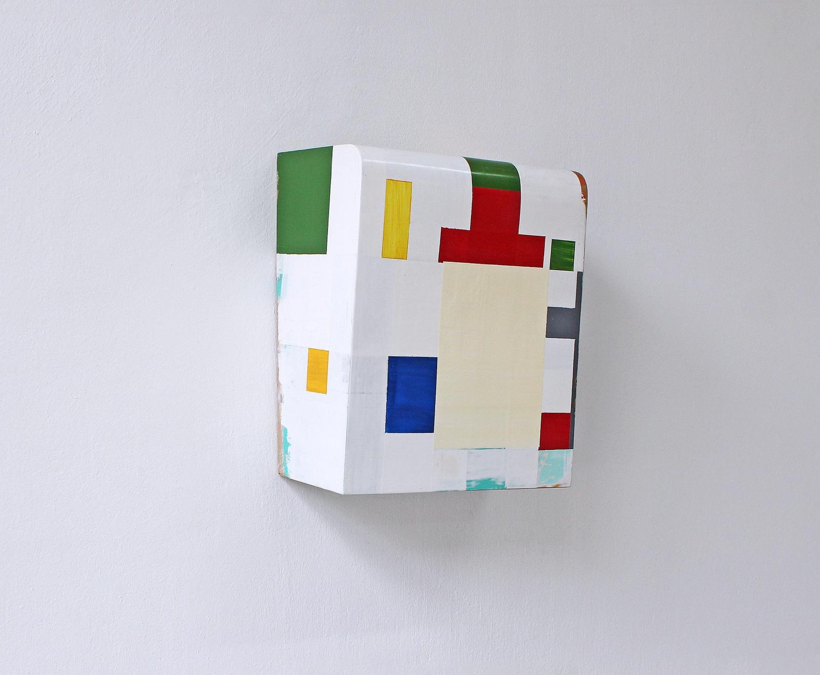 """Kunst ist Kostbar II"", 1993, Acrylfarbe, Holz, 40x33x21 cm"