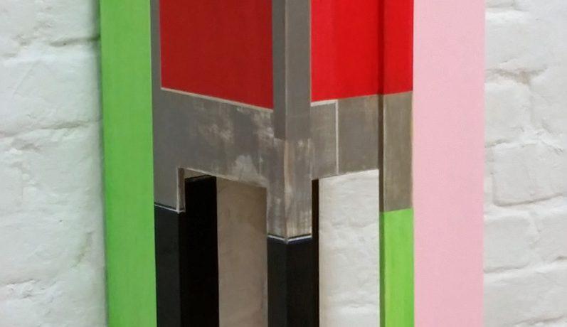 Sitzskulptur A-III, 50x26x28 cm, Acrylfarbe, Pappelsperrholz, Holz, 2013